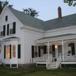 Photo: Exterior view at Greene's Corners